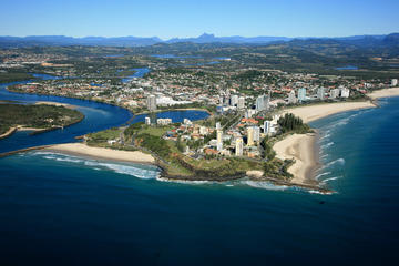 1.5-Hour Surfers Paradise, Mt Warning and Byron Bay Scenic Fixed-Wing...