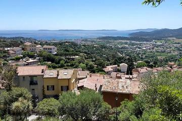 Saint-Tropez Shore Excursion: Private Tour of Villages in the French Riviera