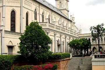 Singapore's Colonial District Walking Tour