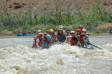 Full Day Colorado River Scenic Splash Rafting Trip