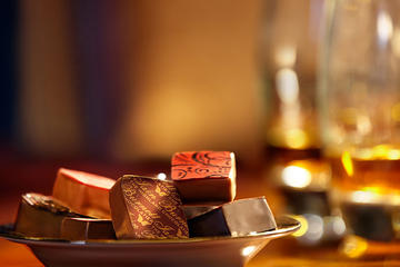 Deluxe Whiskey and Food Tasting in Dublin