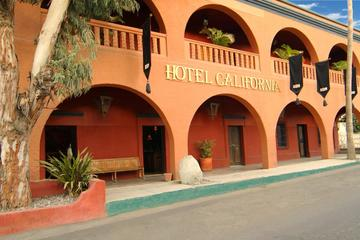 Private Todos Santos Tour from Los...