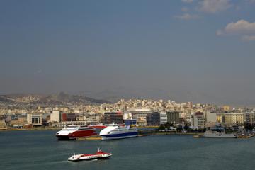Transfert privé à l'arrivée: port de croisière du Pirée vers le...