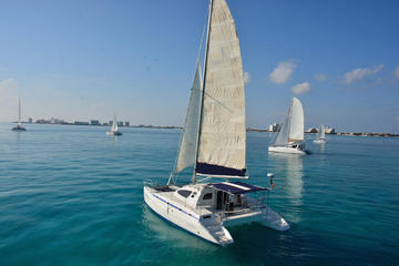Private Catamaran Charter to Isla Mujeres Including Snorkeling