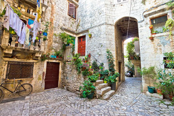 Balade dans le centre historique à Trogir
