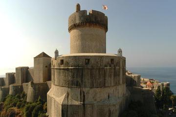 Balade sur les murs médiévaux à...
