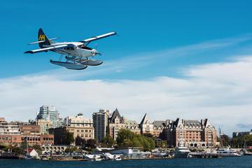 Flug im Wasserflugzeug nach Victoria...