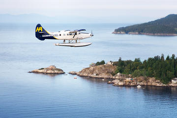 Seaplane Flight to Bowen Island with Zodiac Nature Tour and Seaside Dinner