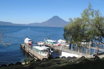 Excursión de un día en barco al lago Atitlán, Panajachel y el pueblo...
