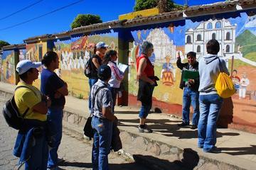 Mercado de San Juan Comalapa y ruinas Iximche desde Antigua