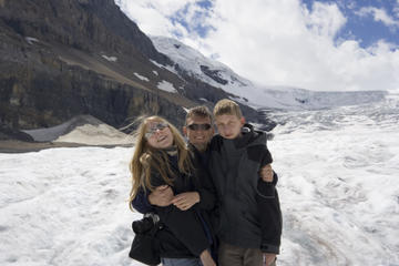 Columbia Icefield Tour from Jasper...