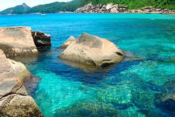 Ilha Grande and Angra dos Reis Day...