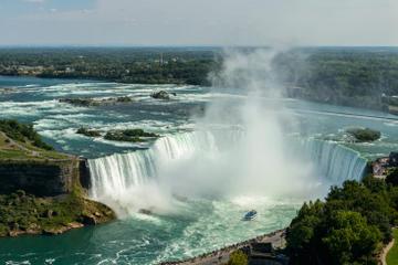 Tur fra Toronto til Niagara Falls med oplevelser på egen hånd