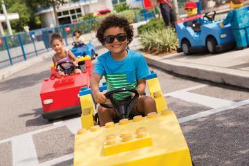 Transporte y Entrada a Legoland California