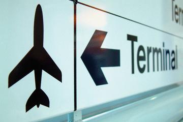 Traslado privado de ida y vuelta al aeropuerto de Aruba