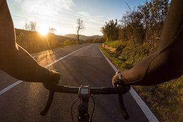 Biking in Tuscany: Pedalling in the Tuscan Countryside (from San Gimignano)