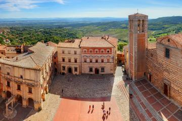 Montalcino and Montepulciano Private Full-day Tour Including Lunch and Wine Tasting