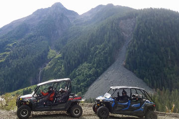 Vancouver Island 4x4 Tour in Nahmint Valley
