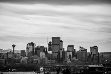 Private Departure Transfer: Calgary and Surrounding Area to Calgary...