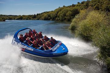 Aventure combinée à Taupo: hors-bord et rafting en eaux vives