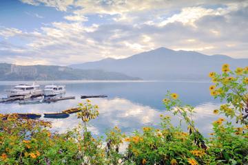 Tour privé: Excursion d'une journée avec croisière sur le lac du...