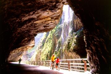 Tour privado: Excursión de un día al Cañón de Taroko desde Taipei