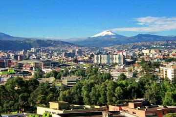 3-Night Quito: Otavalo Market, Middle of the World Monument