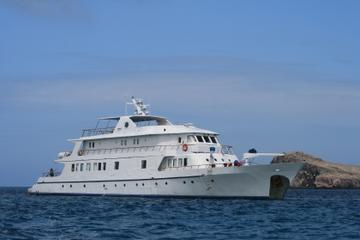 Paquete de explorador de las Islas Galápagos desde Isla de Santa Cruz