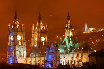 Quito por la noche con cena opcional