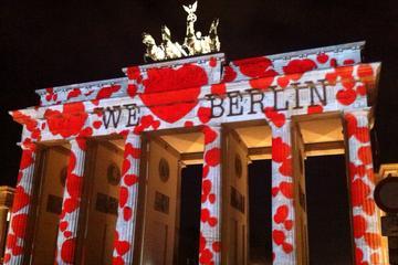 Berlin Light Art Evening City Tour