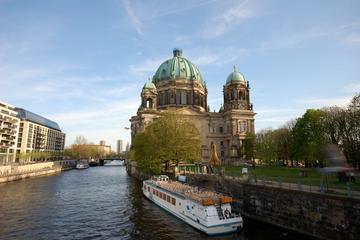 Berlin sightseeingkryssning på floden Spree