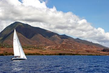 Passeio no veleiro Teralani com coquetel ao por do sol em Maui