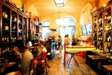 Käse- und Weinverköstigung in Florenz