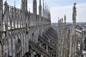 Toegang tot de ruimte onder de Duomo en het terras zonder wachtrij ...