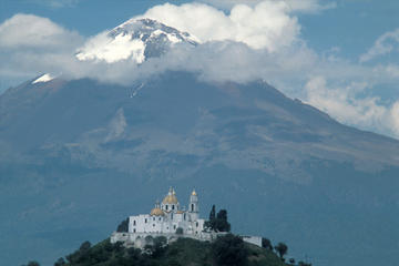 Small-Group Full-Day Trip to Puebla...