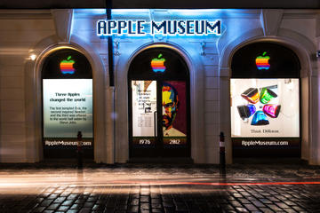 Biglietto d'ingresso per l'Apple museum a Praga