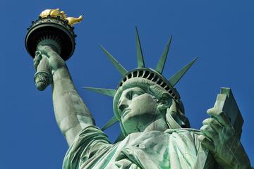 Excursión para grupos pequeños a la Estatua de la Libertad y la Isla...