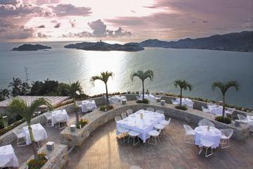Exposição de mergulhador de penhasco e jantar de 3 pratos em Acapulco