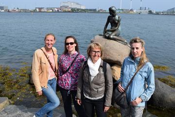 Visita a pie para grupos pequeños por Copenhague con sesión de fotos