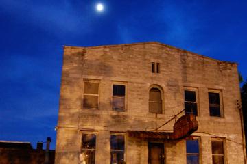 Excursão a pé sobre fantasmas em Memphis