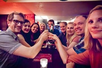4-Hour Pub Crawl Tour in Dusseldorf including Drinks