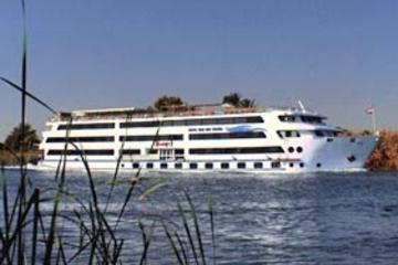 5-dages sejltur på Nilen fra Luxor til Aswan med mulighed for at...