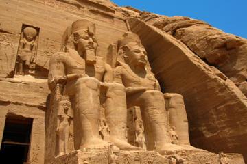 Excursion privée: Abu Simbel en minibus au départ d'Assouan