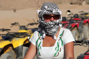 Excursion à terre à Hurghada: randonnée en quad dans le désert...