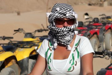 Hurghada Landausflug: Quad-Biking in der ägyptischen Wüste von...