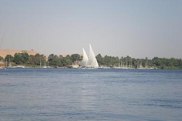 Privater Transfer bei der Ankunft am Hafen Assuan