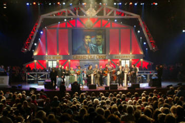 Book Ticket to Grand Ole Opry Radio Show with Transport on Viator