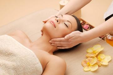 Relax private tour to enjoy Chinese traditional massage