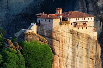 Viaje de 2 días a Delfos y Meteora desde Atenas