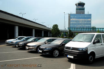 Transfer from Prague Airport to Prague City in Car or Minivan